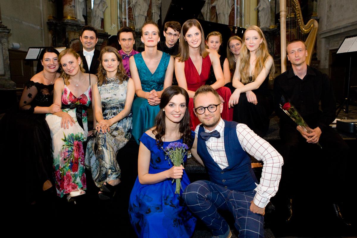 """2016 m. paramos koncerto """"Muzikinis"""" linkėjimas atlikėjai"""